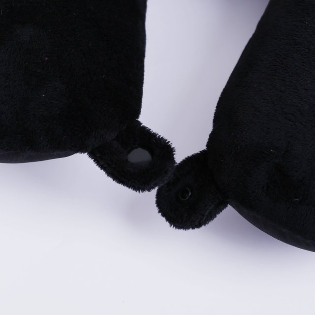Tripp black 'Accessories' pillow
